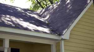How To Minimize The Risk Of Roofing Problems